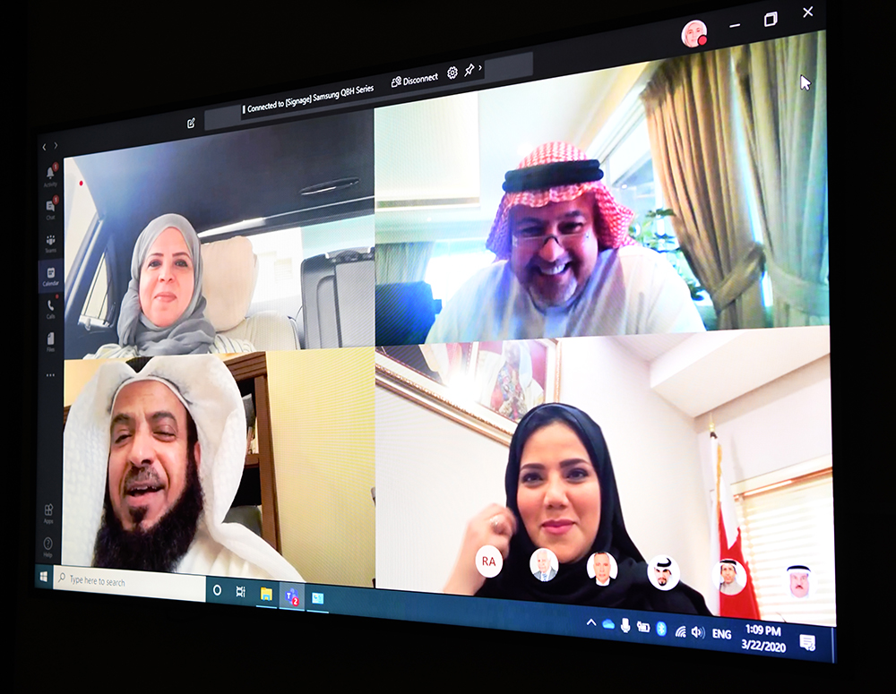 "Al-Zayed: Praises the success of the first remote meeting between the ""Shura Council's Legislative Committee"" and the Minister of ""Justice"" to discuss the ""Civil and Commercial Procedures"" Decree"