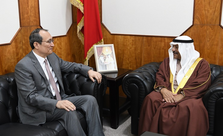Shura Chairman receives Chinese ambassador