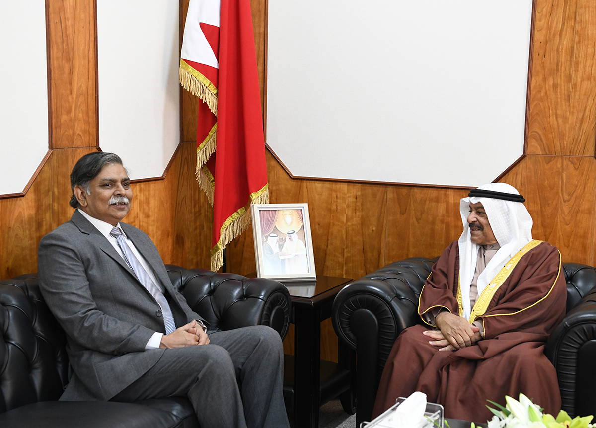 Shura Chairman receives Indian ambassador